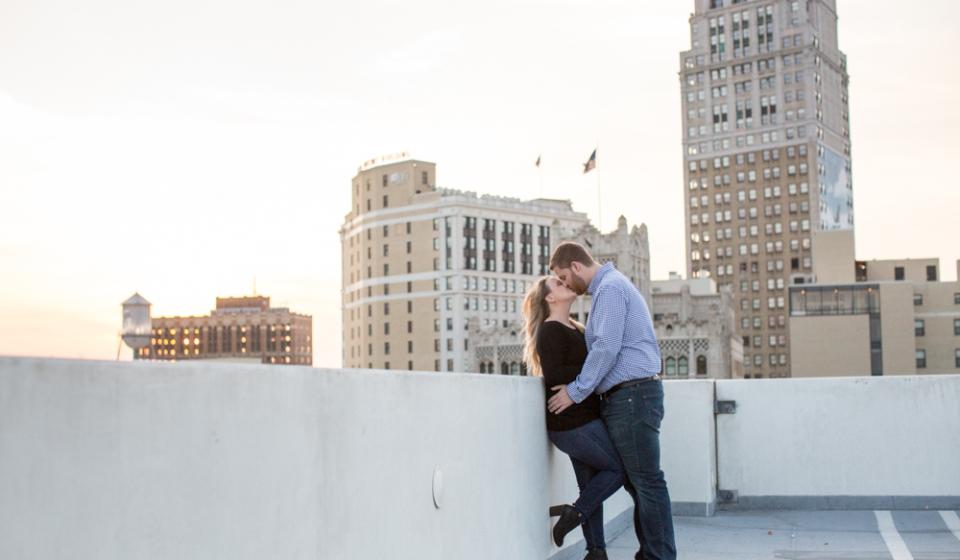 Downtown-Detroit-Engagement-Photographer-Belle-Isle-28